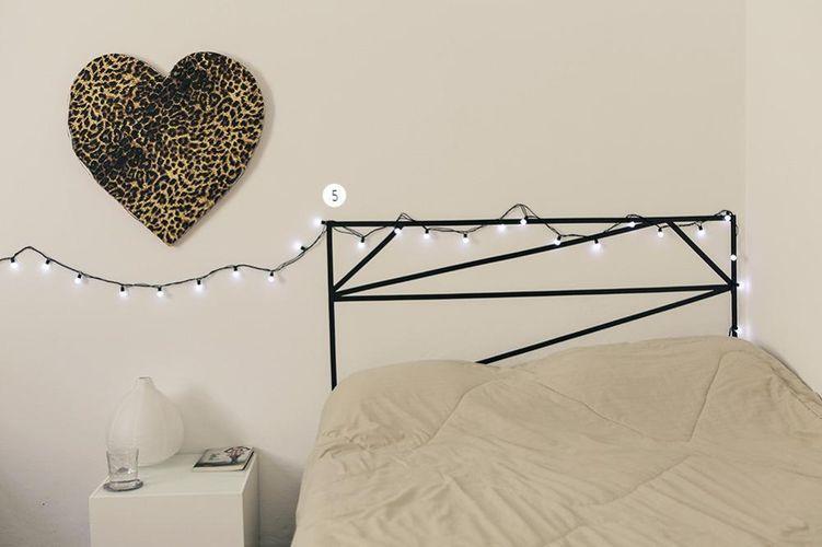 Cabeceira de cama com fita adesiva